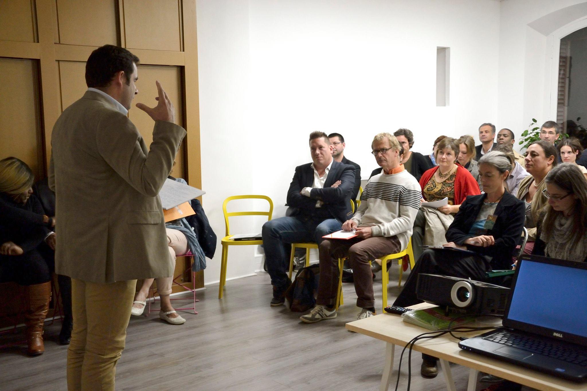 Le réseau speed-meeting pro recherche des orateurs