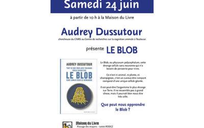 Audrey Dussutour, l'auteur du livre sur le Blob, à la Maison du Livre à Rodez